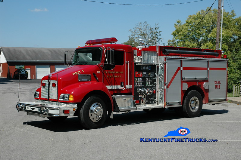 <center> Flemingsburg  Pumper 5  <br> 2007 Kenworth T-300/Pierce 1250/1000<br> Greg Stapleton photo </center>