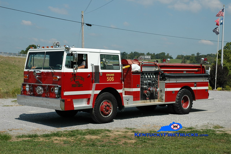 <center> RETIRED <br> Tilton  Engine 556  <br> x-Camp Springs, KY <br> 1973 Hendrickson/Pierce 1250/500 <br> Greg Stapleton photo </center>