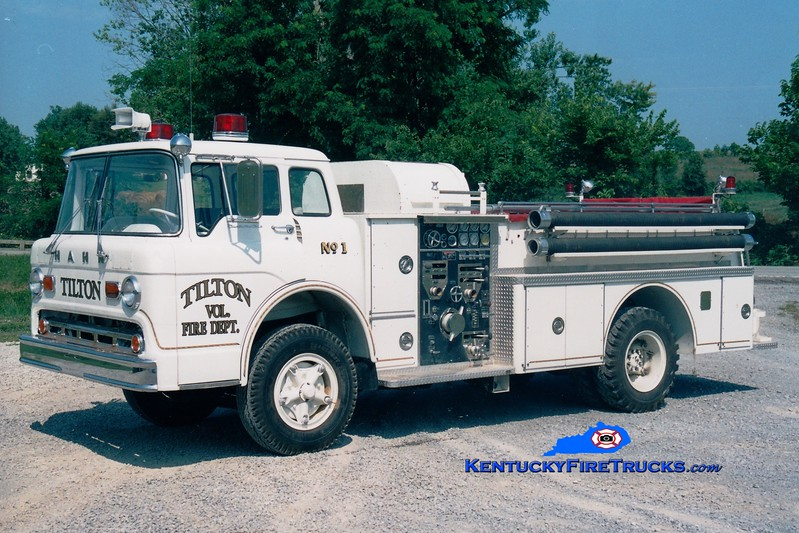 <center> RETIRED <br> Tilton  Engine 1  <br> x-Ripley, OH <br> 1965 Ford C/Hahn/1986 Pierce 1000/500 <br> Greg Stapleton photo </center>