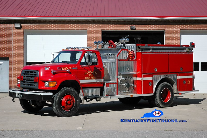 Auxier  Engine 2<br /> 1996 Ford F-800/E-One 1250/1000<br /> Greg Stapleton photo
