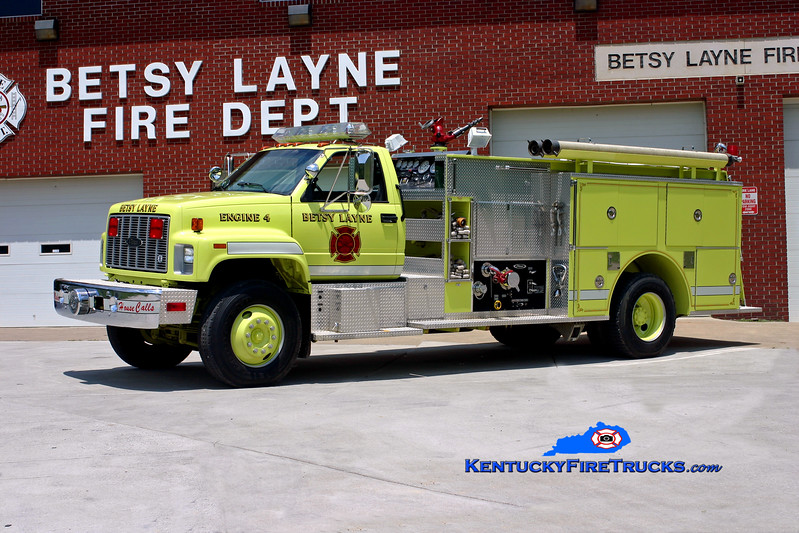 <center> Betsy Layne  Engine 4 <br> 1992 GMC Topkick/Pierce 1250/750 <br> Kent Parrish photo </center>