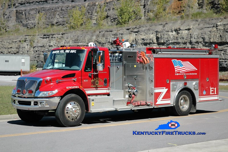 Martin  Engine 1<br /> 2003 International 4400/Crimson 1250/1000<br /> Greg Stapleton photo
