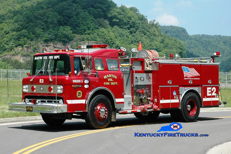<center> Martin  Engine 2 <br> 1988 Ford C-8000/American Eagle 1250/750 <br> Greg Stapleton photo </center>