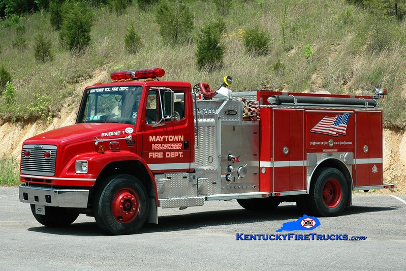 <center> Maytown Engine 1 <br> 2002 Freightliner FL70/E-One 1250/1000 <br> Greg Stapleton photo </center>