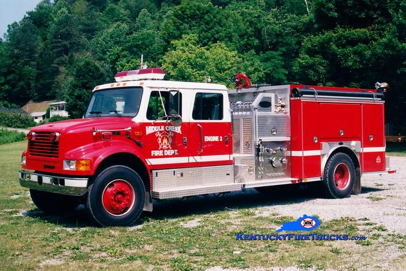 <center> Middle Creek Engine 3 <br> 1999 International 4900/E-One 1250/1000 <br> Greg Stapleton photo </center>