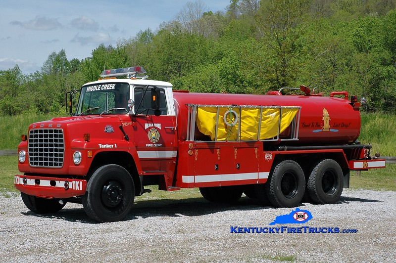 Middle Creek  Tanker 1<br /> 1980 Ford L800/Tank Truck Service & Sales 350/3000<br /> Greg Stapleton photo