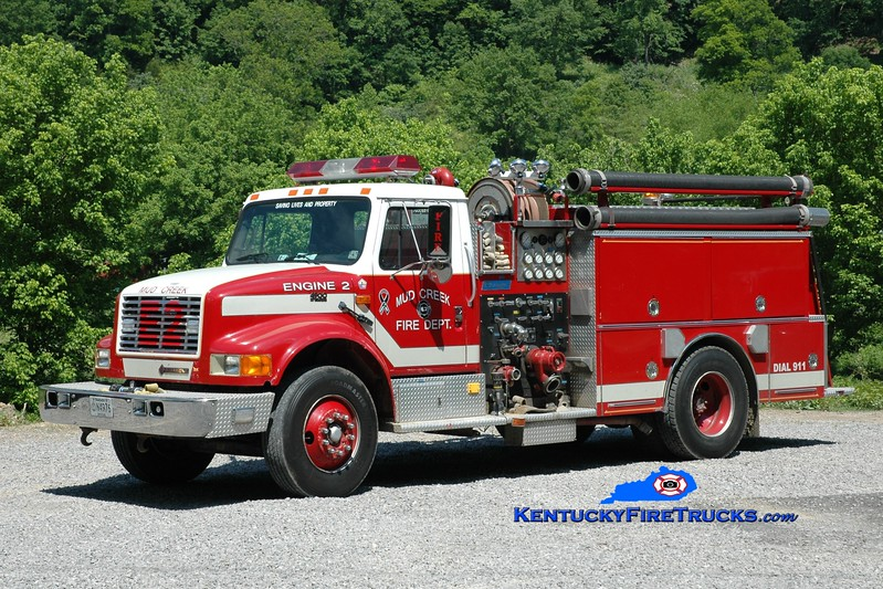 <center> Mud Creek  Engine 2 <br> 1995 International 4900/Boardman 750/750 <br> Greg Stapleton photo </center>