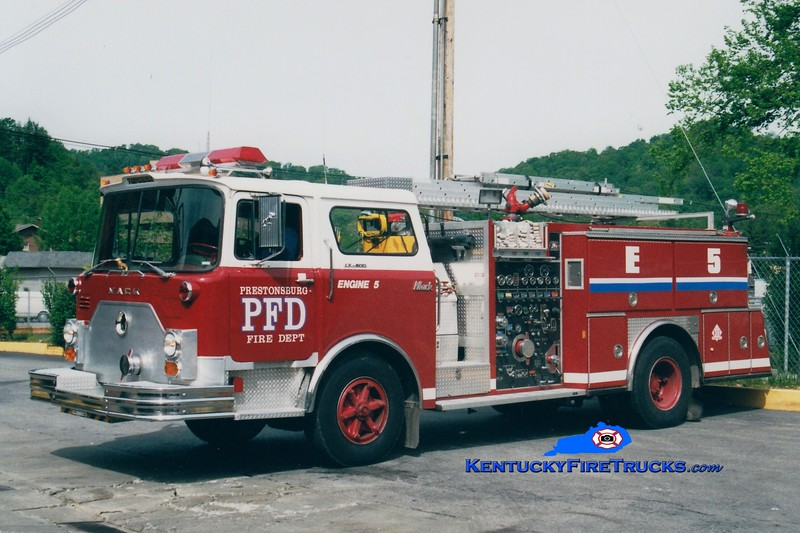 <center> RETIRED <BR> Prestonsburg  Engine 5 <br> 1974 Mack CF/1988 American Eagle 1000/500 <br> Greg Stapleton photo </center>