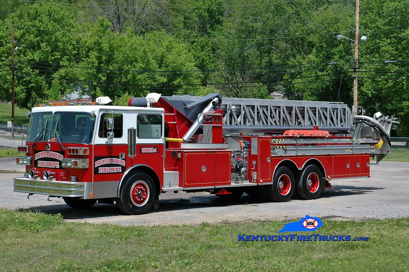 Prestonsburg  Tower 1<br /> x-Sarasota Springs, NY<br /> 1989 Sutphen 1500/300/90'<br /> Greg Stapleton photo