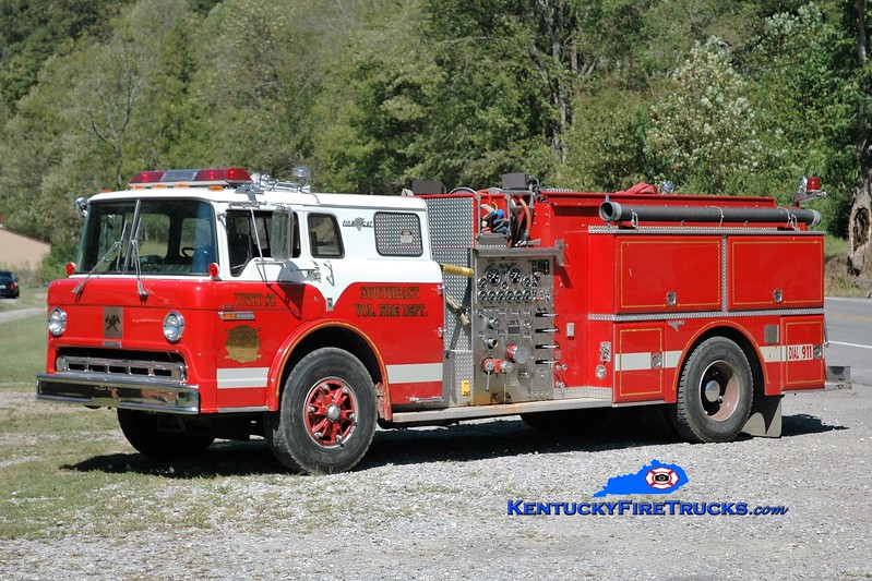 Southeast Floyd  Engine 2<br /> 1986 Ford C-1000/Grumman 1000/1250<br /> Greg Stapleton photo