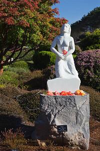 "FB-BG-181111-0001 ""Prayer"" Statue by John Fisher"