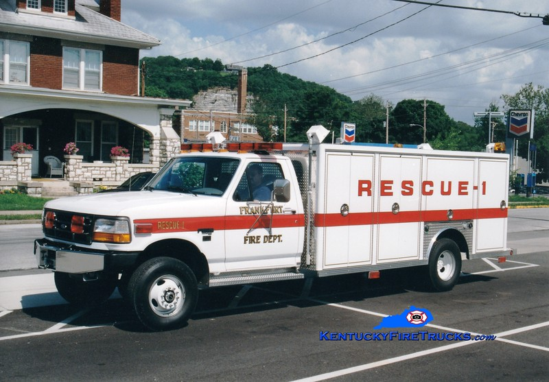 <center> RETIRED <br> Frankfort  Rescue 1 <br> 1997 Ford F-450/Central States <br> Greg Stapleton photo </center>