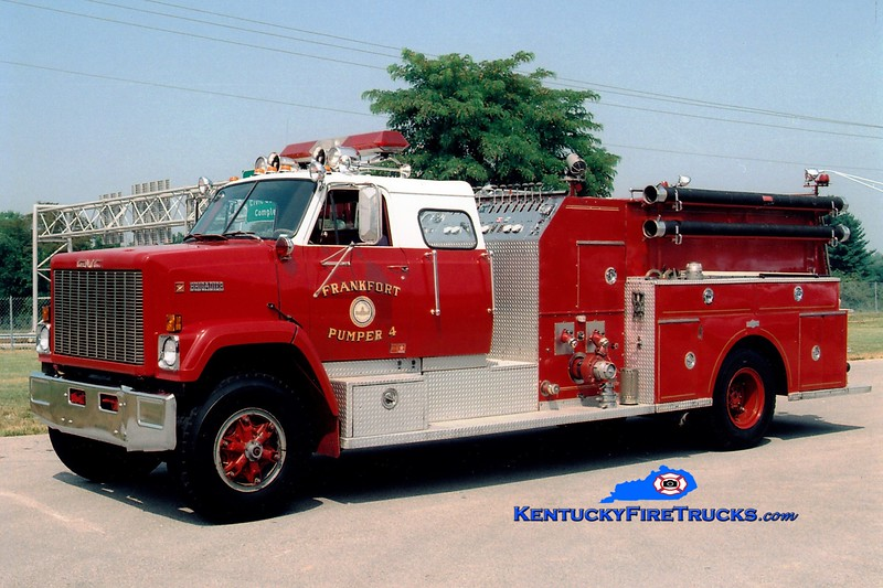 <center> RETIRED <br> Frankfort  Engine 4 <br> 1981 GMC/Pirsch 1000/1000 <br> Greg Stapleton photo </center>
