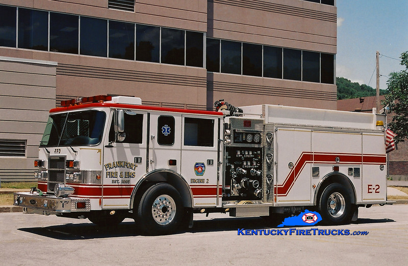 <center> Frankfort  Engine 2  <br> 2001 Pierce Dash 1500/500 <br> Kent Parrish photo </center>