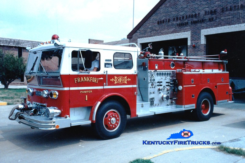 <center> RETIRED <br> Frankfort  Engine 1 <br> 1969 Ward LaFrance Ambassador 1500/350 <br> Greg Stapleton photo </center>