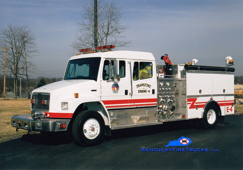 <center> Frankfort  Engine 4 <br> 1998 Freightliner FL80/Ferrara 1250/1000 <br> Greg Stapleton photo </center>