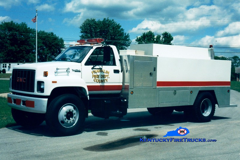 <center> RETIRED <BR> Franklin County  Tanker 9  <br> 1993 GMC TopKick/Local 0/2100 <br> Greg Stapleton photo </center>