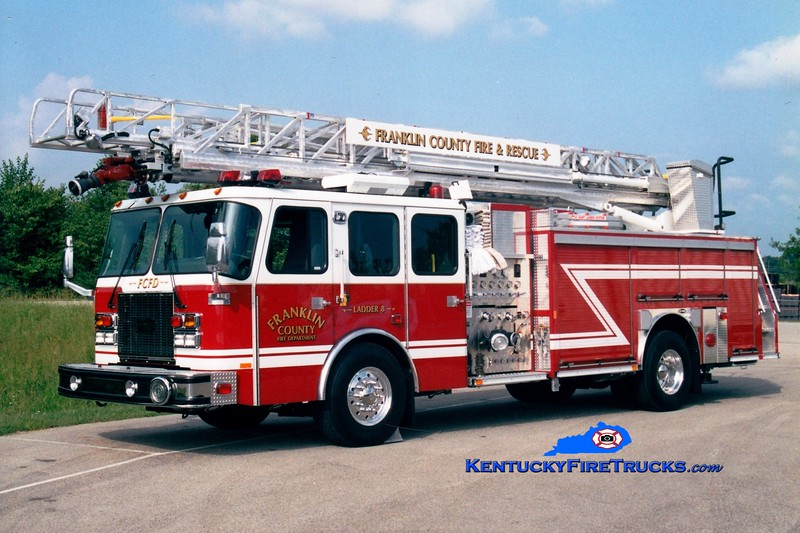 <center> Franklin County  Reserve Ladder <br> x-Ladder 8 <br> 2002 E-One Cyclone II 2000/500/75' <br> Greg Stapleton photo </center>