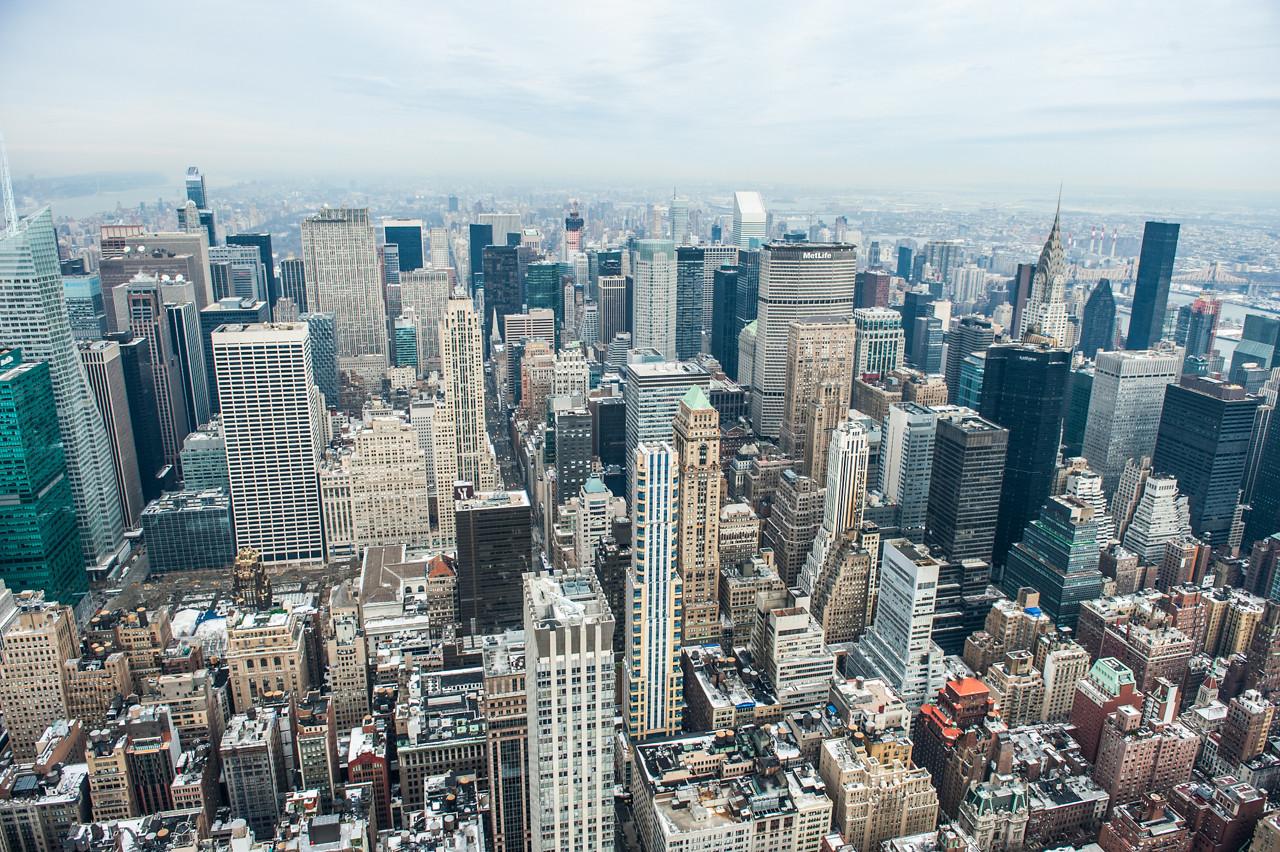 Midtown Manhattan viewed from Empire State Bldg