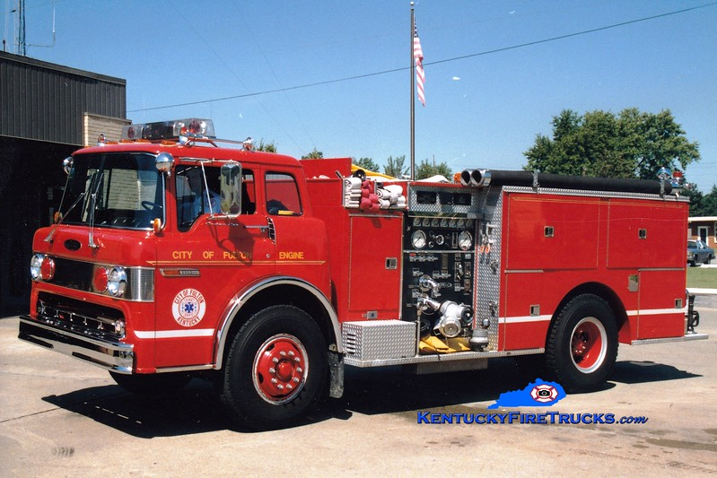 <center> RETIRED <Br> Fulton  Engine 1151  <br> 1984 Ford C-8000/Pierce 1000/750 <br> Greg Stapleton photo </center>