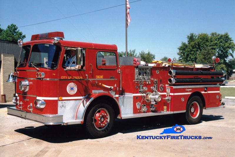 <center> RETIRED <br> Fulton  Engine 1152  <br> x-Purdue University, IN and Camp Taylor, KY <br> 1965 Seagrave KB 1000/500 <br> Greg Stapleton photo </center>