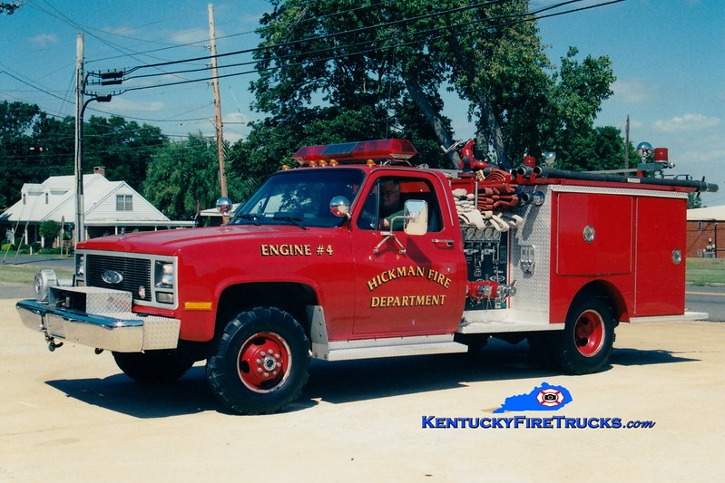 <center> Hickman  Engine 5153  <br> 1989 Chevy 4x4/Pierce 400/250 <br> Greg Stapleton photo </center>
