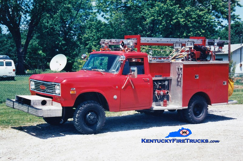 RETIRED <br /> Glencoe Rescue 905 <br /> 1976 International 4x4/Pierce 300/250 <br /> Greg Stapleton photo