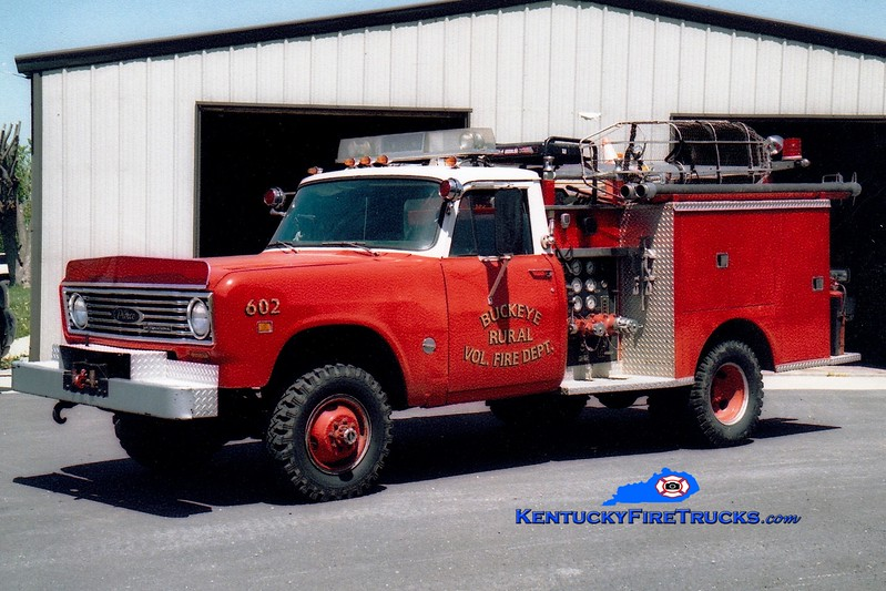 <center> Buckeye  Engine 602 <br> 1975 International 1310 4x4/Pierce 250/250 <br> Greg Stapleton photo </center>