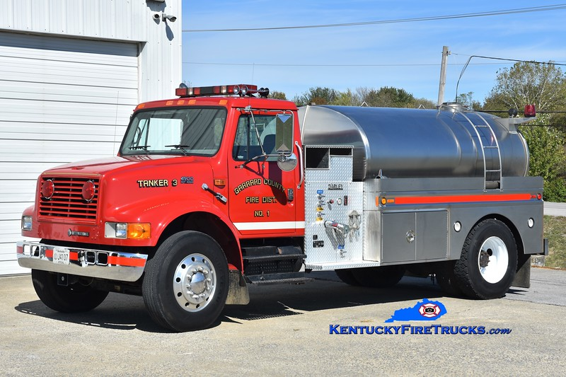 RETIRED<br /> Garrard County Fire Dist. 1 Tanker 3<br /> 1997 International 4900/Bluegrass 350/1800<br /> Greg Stapleton photo