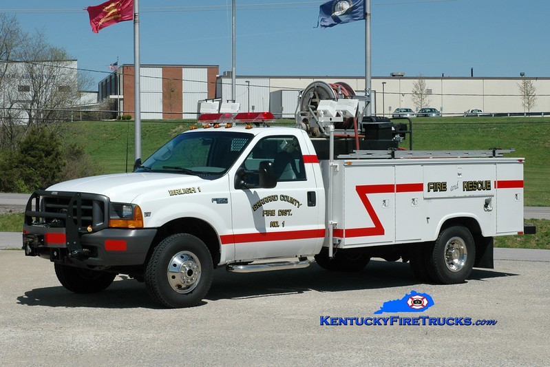 <center> Garrard County Fire Dist. 1  Brush 1 <br> x-Rescue 1 <br> 2004 Ford F-350 4x4/Reading 250/250 <br> Greg Stapleton photo <br> </center>