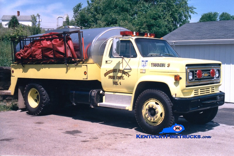 <center> RETIRED <br> Garrard County Fire Dist. 1  Tanker 3 <br> 1982 Chevy C/Bluegrass 250/1800  <br> Greg Stapleton photo <br> </center>