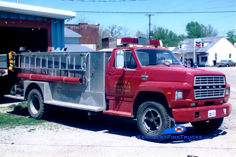 <center> Paint Lick  Tanker 1 <br> 1981 Ford F/Barron 250/1700 <br> Greg Stapleton photo </center>