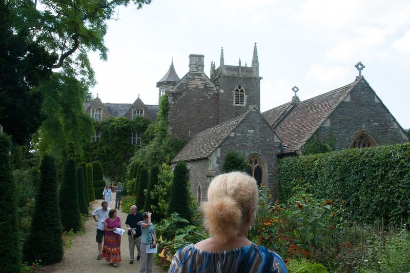2009-August-09-Hanham Hall Gardens-6