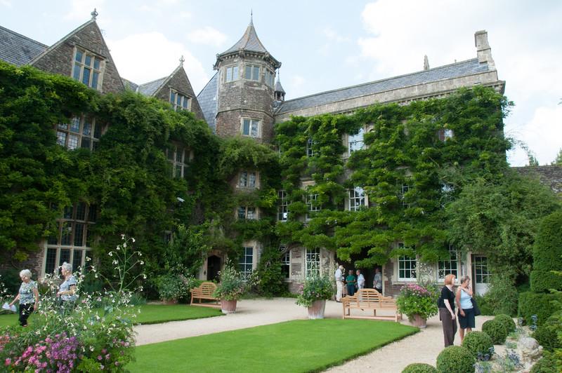 2009-August-09-Hanham Hall Gardens-10