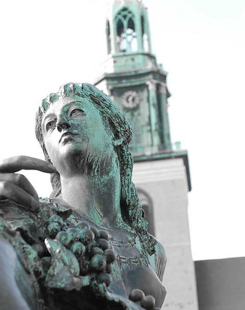 Neptune's daughter<br /> Berlin, Germany<br /> <br /> P157