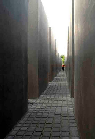 Labyrinth: Memorial to the murdered Jews of Europe<br /> Berlin<br /> <br /> P033