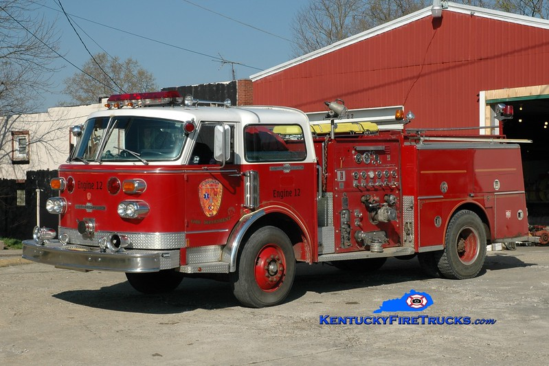 <center> RETIRED <br> Corinth Engine 12 <br> x-Frankfort, KY; Jonesville, KY  <br> 1977 American LaFrance Century 1500/500 <br> Greg Stapleton photo </center>