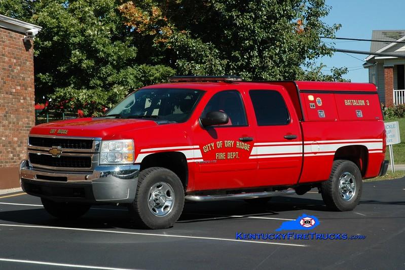 <center> Dry Ridge  Battalion 3 <br> 2007 Chevy 2500 4x4 EMS Response <br> Greg Stapleton photo </center>