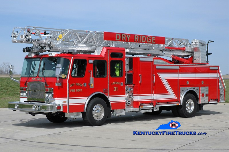 Dry Ridge  Ladder 31<br /> 2015 E-One Typhoon eMAX 1500/500/78'<br /> Greg Stapleton photo