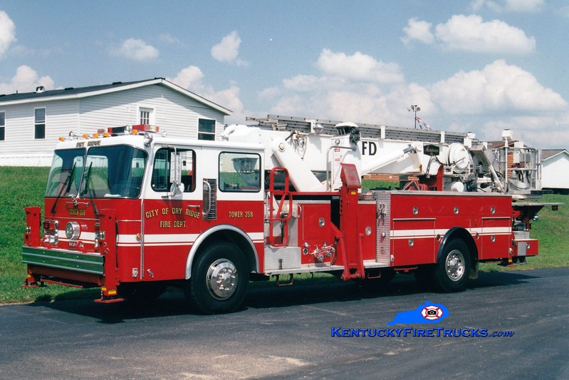 <center> RETIRED <br> Dry Ridge Tower 358 <br> x-FDNY; Maple Shade, NJ <br> 1974 Mack CF/Baker/1986 Spartan 75' Aerialscope <br> Greg Stapleton photo </center>