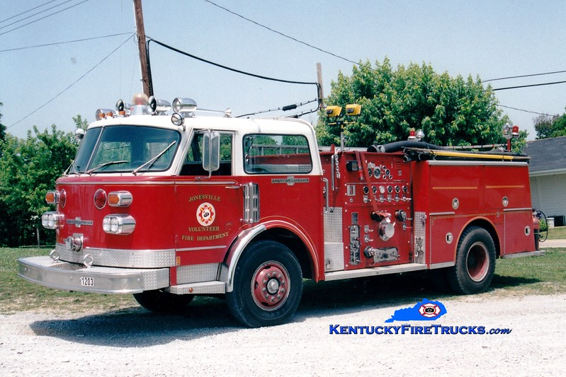 <center> RETIRED <br> Jonesville  Engine 1203 <br> x-Frankfort, KY  <br> 1977 American LaFrance Century 1500/500 <br> Greg Stapleton photo </center>