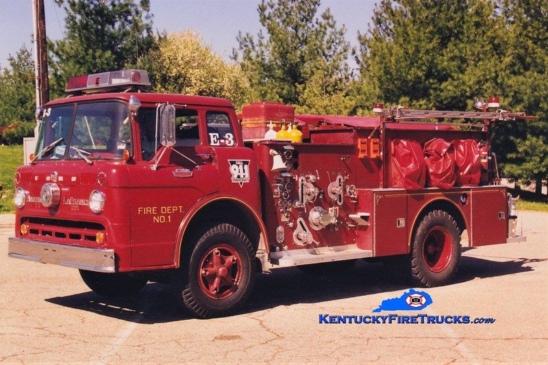 RETIRED <br /> Williamstown Engine 3 <br /> x-Bromley, KY <br /> 1966 Ford C-950/American LaFrance 750/500 <br /> Greg Stapleton photo