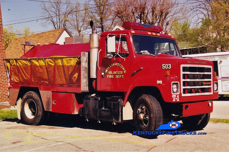 RETIRED <br /> Williamstown  Tanker 503<br /> 1990 International/Local 0/2000<br /> Greg Stapleton photo