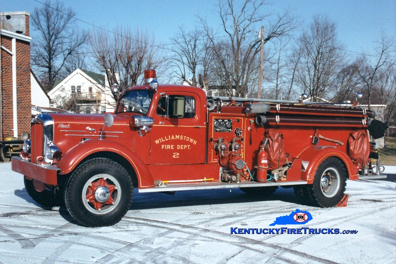 <center> RETIRED  <br> Williamstown  Engine 2 <br> 1952 Mack 75A  750/500 <br> Greg Stapleton photo </center>
