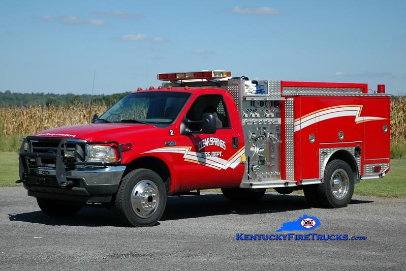 <center> Clear Springs  Engine 2 <br> 2001 Ford F-550 4x4/E-One/Superior 400/200 <br> Greg Stapleton photo </center>