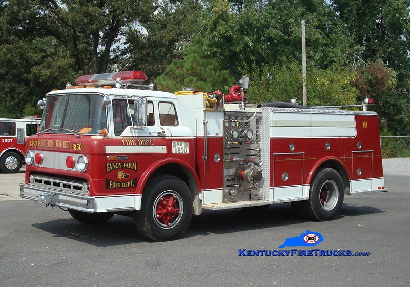 <center> RETIRED <br> Fancy Farm  Engine 1850  <br> x-North Penn, PA <br> 1977 Ford C/Hamerly 1000/1000 <br> Greg Stapleton photo </center>