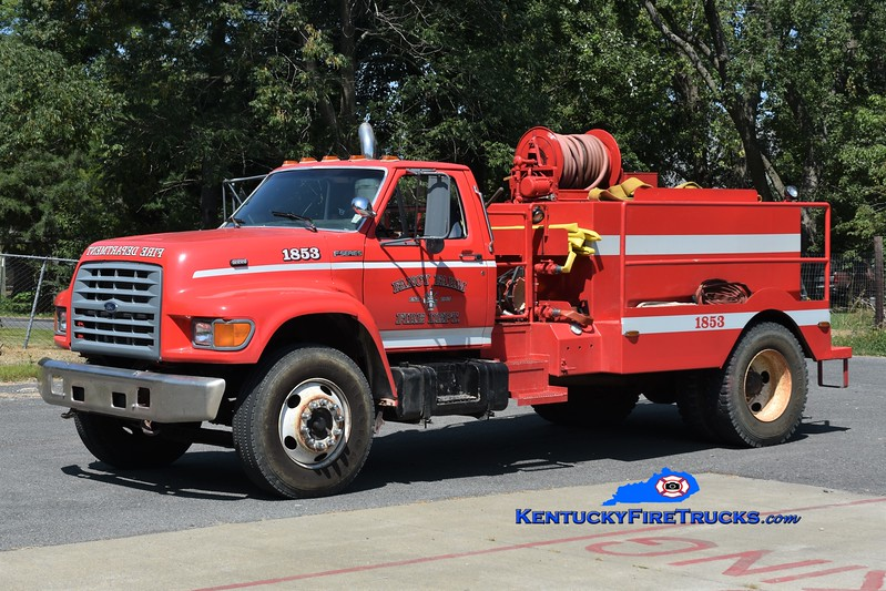 Fancy  Farm  Tanker 1853<br /> 1996 Ford F-800/Local 250/1200 (Remounted)<br /> Greg Stapleton photo