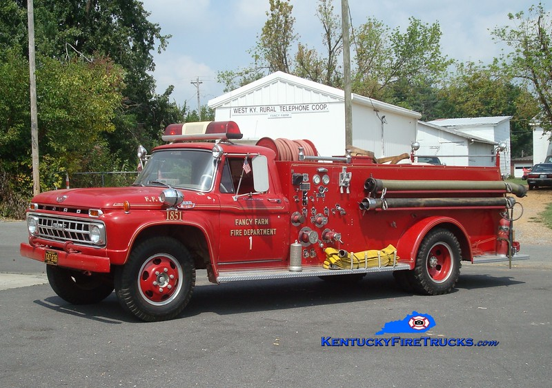 <center> RETIRED <br> Fancy Farm  Engine 1851  <br> 1965 Ford F/Howe 750/500 <br> Greg Stapleton photo </center>