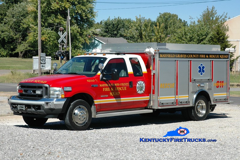 <center> Mayfield-Graves County Squad 1 <br> x-City of Mayfield, KY <br> 2003 Ford F-550/EVI 250/200 <br> Greg Stapleton photo <br> </center>