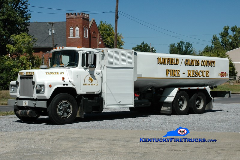 <center> Mayfield-Graves County Tanker 3 <br> x-US Air Force fuel refiller <br> 1983 Mack DM/KME  250/5000 <br> Greg Stapleton photo <br> </center>